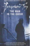 книга The Man in the Queue
